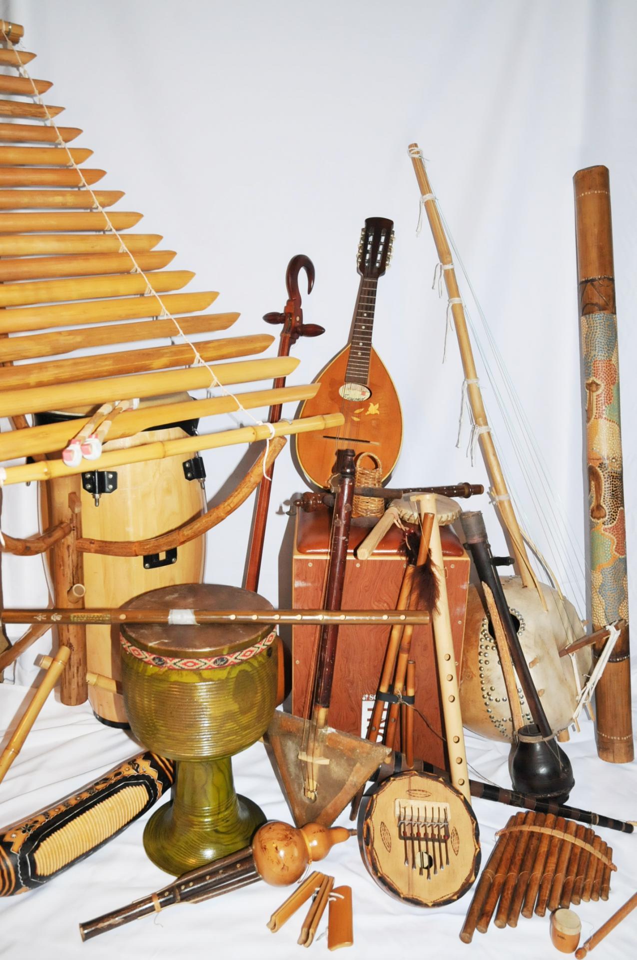 Affiche instruments sans titre